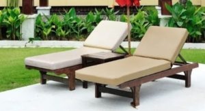 comfortable outdoor chairs