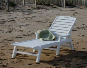 polywood beach lounger